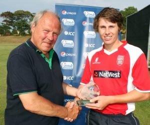 Keith Dennis presents MOM award to Luke Gallichan of Jersey